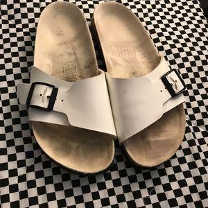 BIRKENSTOCK Madrid Birko-Flor Patent Finish Sandal